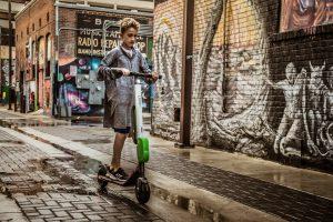 elektrische step in Parijs huren